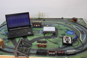 A Hornby Somerset Belle Digital Train Set with PicoScope 5000 Series Oscilloscope